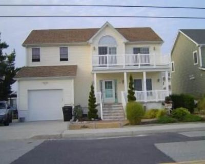 Bay Front House 5 bedrooms on Canal with Boat dock - North Ocean City