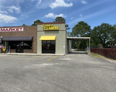 Short Term Rental Available- Office/Retail Space for Lease