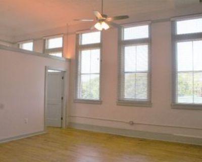 3010 W 7th St #302, Little Rock, AR 72205 1 Bedroom Condo