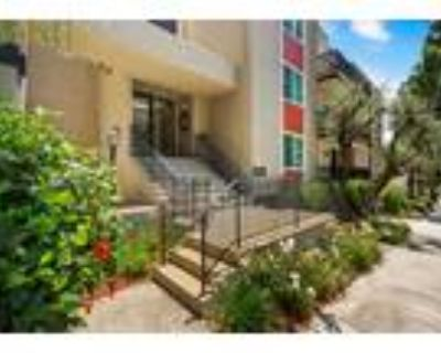 Parkway Plaza Apartments - 2 Bedroom 1.5 Bath Townhome