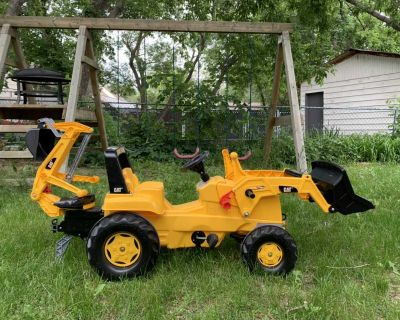 Rolli Toys kids pedal riding tractor with backhoe attachment