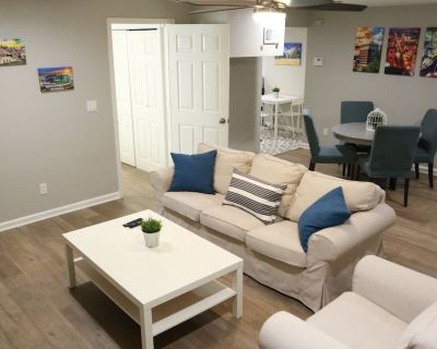 Spacious, cozy basement apartment w/kitchenette next to park and lake - Overland Park