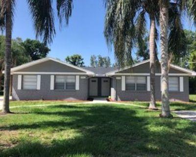 9246 San Carlos Blvd #1, Fort Myers, FL 33967 2 Bedroom Apartment