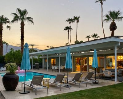 Incredible Mid-Century Home w/Private Pool, Pool Spa, Fast WiFi, and A/C - Sunmor