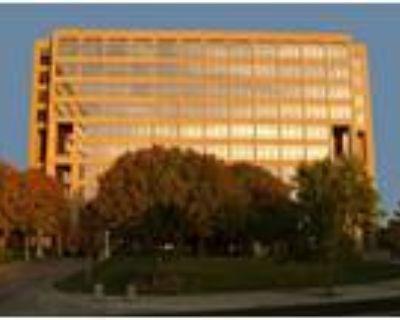 Albuquerque, Get 320sqft of private office space plus