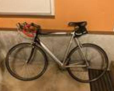 Specialized Road Bike 58 cm frame