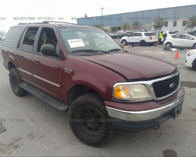 Salvage Burgundy 2001 Ford Expedition