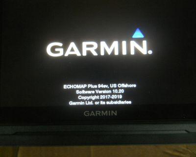 Garmin echomap plus 94sv & gt51m-tm transducer