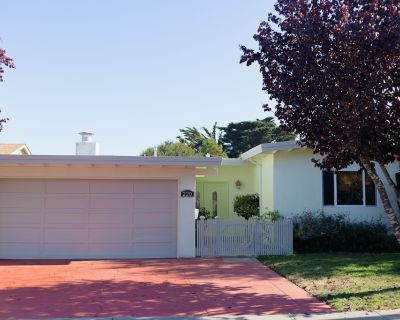 Newly furnished Hillside Retreat with View of Bay - San Bruno