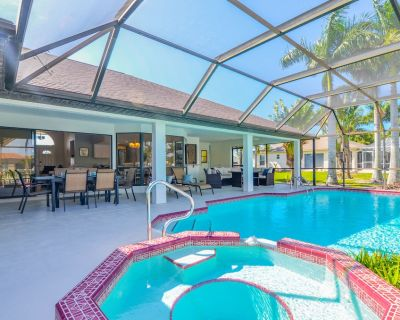 3/2 updated Gulf access canal home electric heated pool & Jacuzzi - Coconut Cove - Pelican