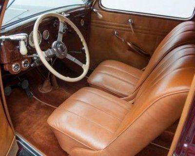 1935 Ford Deluxe 2-door All-Steel Deluxe Flathead V8 Original Restored Stock Tudor