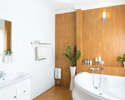 Bathroom remodel contractors in denver