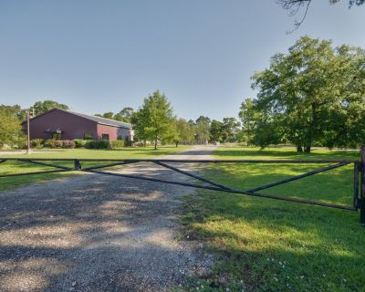12,000 SF Warehouse/Office For Lease