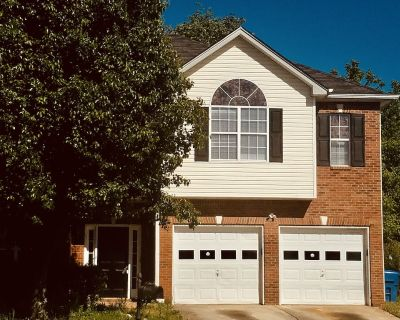 Comfort Family Hossana Home is Everything is in walking distance. - DeKalb County