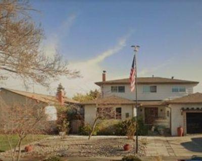 Glidden Way, Fremont, CA 94536 6 Bedroom House