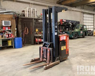 1988 Raymond 20i.RA30TT 3000 lb Reach Truck