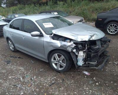 Salvage Gray 2013 Volkswagen Jetta Sedan