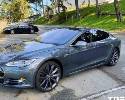 2013 Tesla Model S Standard