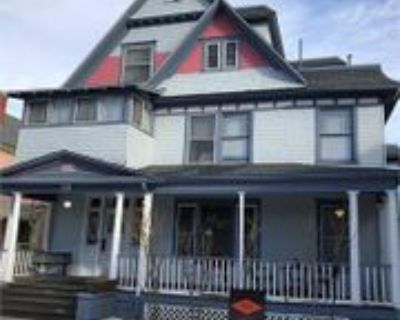 715 N NEVADA AVE - 5 #5, Colorado Springs, CO 80903 1 Bedroom Apartment