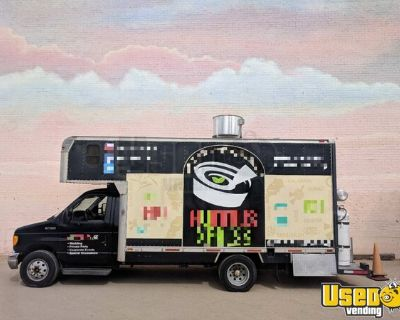Ready to Work 2004 - 24' Ford E-450 Diesel Mobile Kitchen Food Truck