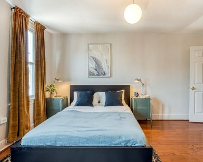 Fully Furnished Queen Room in Shaw Home #237 A