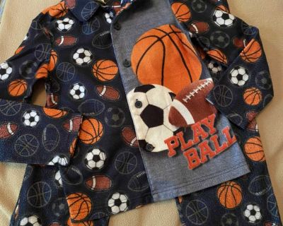 Faded Glory Flannel PJs size 6/7, GUC