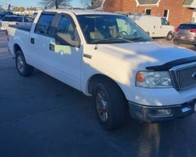 2005 Ford F-150 Lariat SuperCrew 5.5' Box 2WD