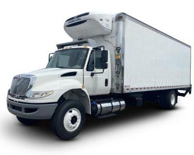 2017 INTERNATIONAL 4300 Reefer, Refrigerated Trucks Truck