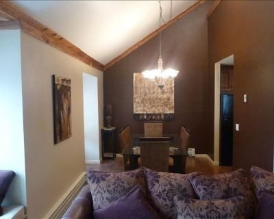 CANYONS VILLAGE - LUXURY CONDO ONE OF THE BEST LOCATIONS POSSIBLE, - Park City