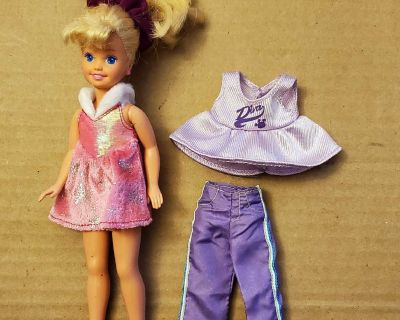 """8"""" Doll with extra outfit"""