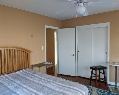Spacious room for rent in Wheat Ridge, CO