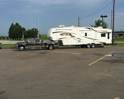 Truck and 5th wheel Travel Trailer