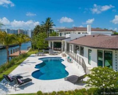 2801 Flamingo Dr, Miami Beach, FL 33140 8 Bedroom House