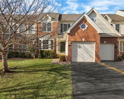 Spacious Garage Townhouse in Gated Golf Course Community (MLS# VAPW513018) By Chris Ann Cleland