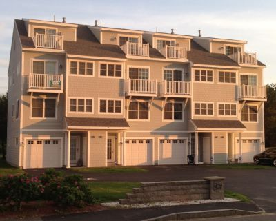 Luxury Beach Home steps from OOB - Old Orchard Beach