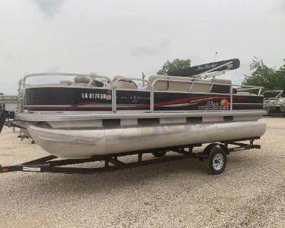 2012 Sun Tracker Fishin' Barge 22 DLX