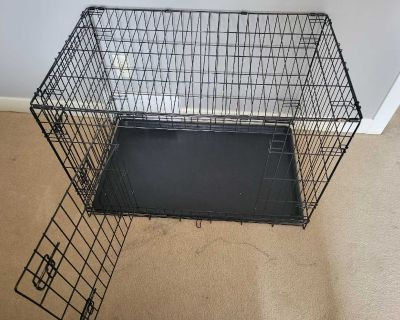 Collapsible Dog Kennel (medium sized) with divider to make smaller