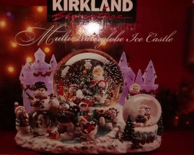 Kirkland Signature Mu;ti Waterglobe Ice Castle