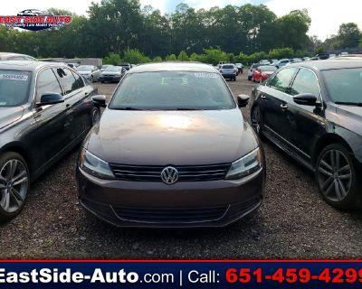 Used 2013 Volkswagen Jetta Sedan 4dr Auto SE PZEV *Ltd Avail*