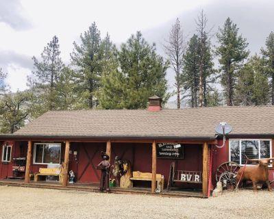 Trapper's Cabin - Mountain Center