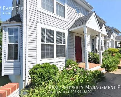 Bright and Beautiful Del Ray, Alexandria End of Row Townhouse!