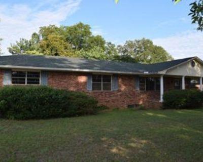 4622 Whiskey Rd, Aiken, SC 29803 3 Bedroom Apartment