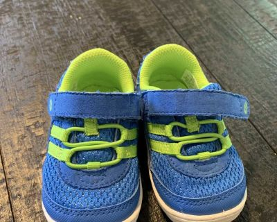 Size 4- stride rite shoes