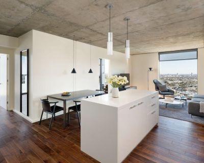 AKA Residences Spacious Sunset Boulevard Views Suite w/ Designer Furnishings - Hollywood Hills