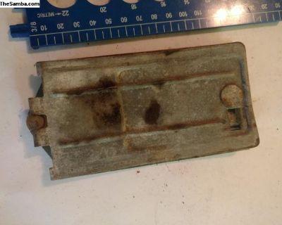 Ash tray under dash mount