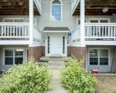 121 Fieldcrest St, Ann Arbor, MI 48103 2 Bedroom Condo
