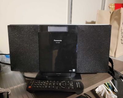 Ipod docking station and aux speaker