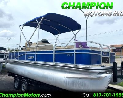 Used 2017 Lowe SF214 Fishing pontoon boat w/Mercury 115hp Pro XS 4S