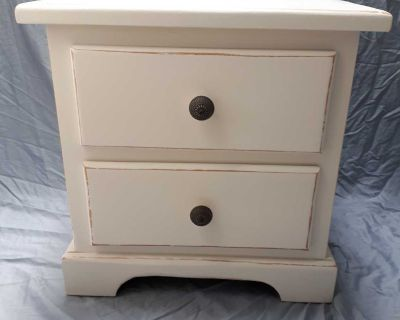 """Cute little """"shabby chic"""" look side table"""