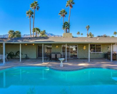 Casual, dog-friendly home w/ private pool & gas grill - close to downtown! - Palm Springs